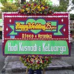 karangan bunga pernikahan di toko bunga sukoharjo SKO HW03