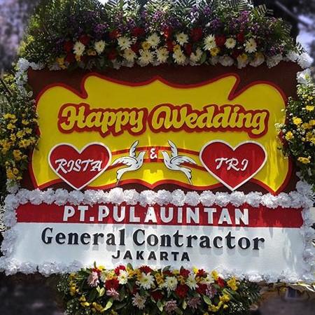 karangan bunga pernikahan di toko bunga sukoharjo SKO HW04