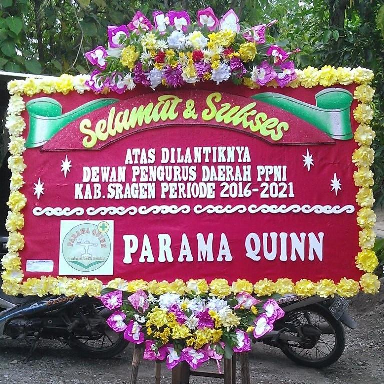 bunga papan ucapan selamat paran quinn di toko bunga sukoharjo SKO SS01